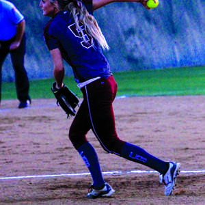 Softball swings into playoffs