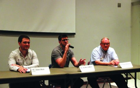 Panel offers students job interview pointers