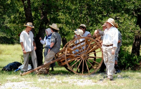 Taking on the trek: Teens experience pioneer traditions