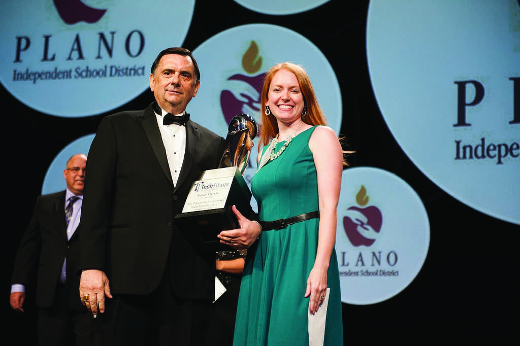 Kayla Olivas receives her Tech Titan trophy at the Annual Awards Gala on August 16, 2016. (Photo used with permission by Plano Independent School District)