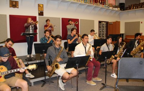 Senior Patrick Tierney, junior Grace Kopca, senior Keltan Forrest, junior Christian Wilson, senior Yoni Zetune, senior Collin Burns, junior Logan Allen, senior Esteban Rodriguez, senior Aiden Johnson, senior Salim Villanueva, junior Kaitlyn Hamilton and senior Jason Duong practice for Jazz All region