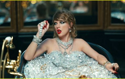 Taylor Swift mocks herself in her new music video for Look What You Made Me Do.