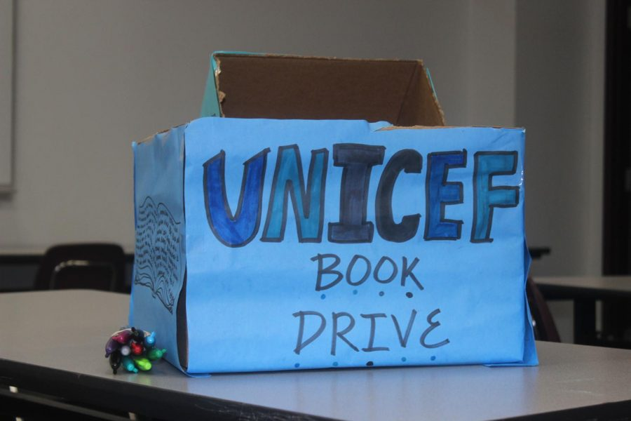 Handmade+donation+box+for+Plano+Unicef+book+drive