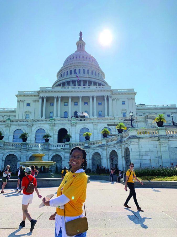 Isis+Kazadi+lobbying+on+Capitol+Hill+accompanied+by+Texas+residents.