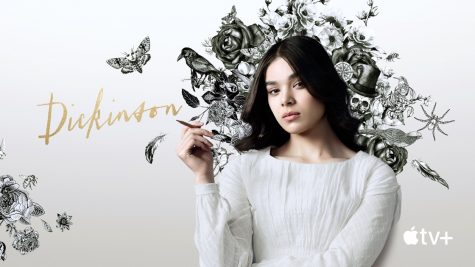 Hailee Steinfeld played as Emily Dickinson, the strong american-poet, on the new Apple T.V series.