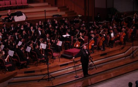 Full orchestra takes a plunge into a national convention
