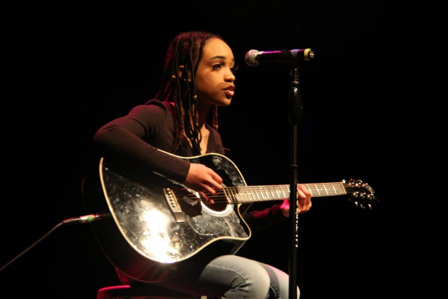 Treniti Anderson brings a hush to a crowded theatre with her Amy Winehouse cover.